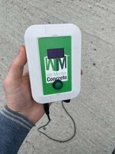remote unit in hand